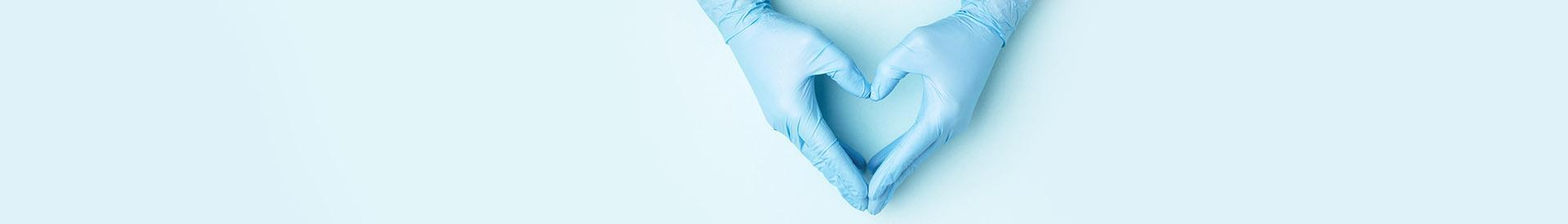 ręce w rękawiczkach