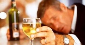 Wino w kieliszku